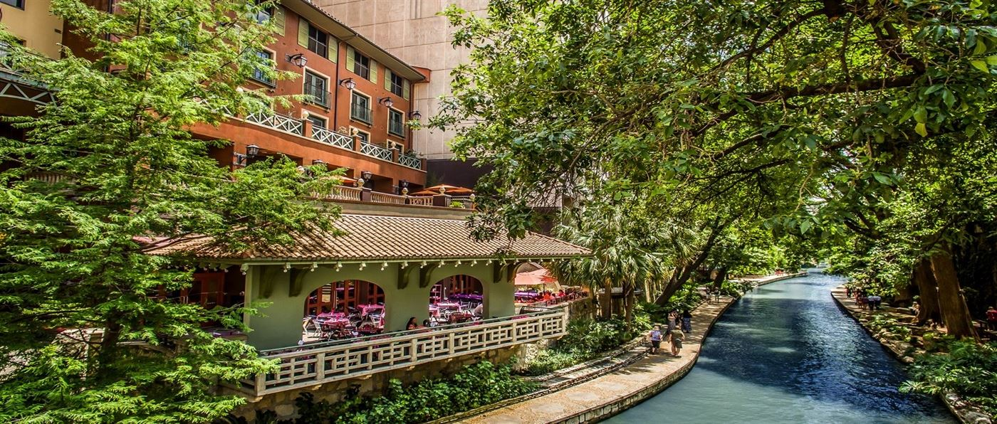 outside view of our riverwalk san antonio hotel