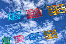 Sunny Spring and summer San Antonio hotel deals fiesta flags