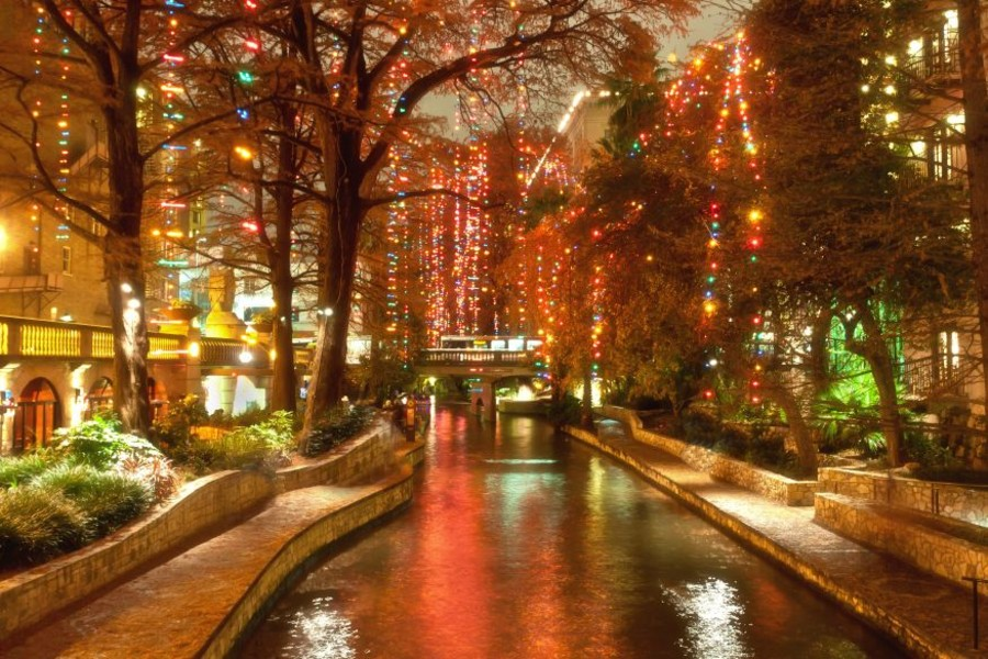 Light Up The Night Package at our San Antonio River Walk Hotel